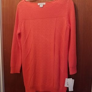 Liz Claiborne sweater. Size Small.